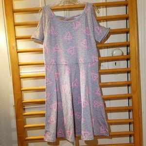 Girls 7/8 Cold Shoulder Gray Hearts Dress Heather
